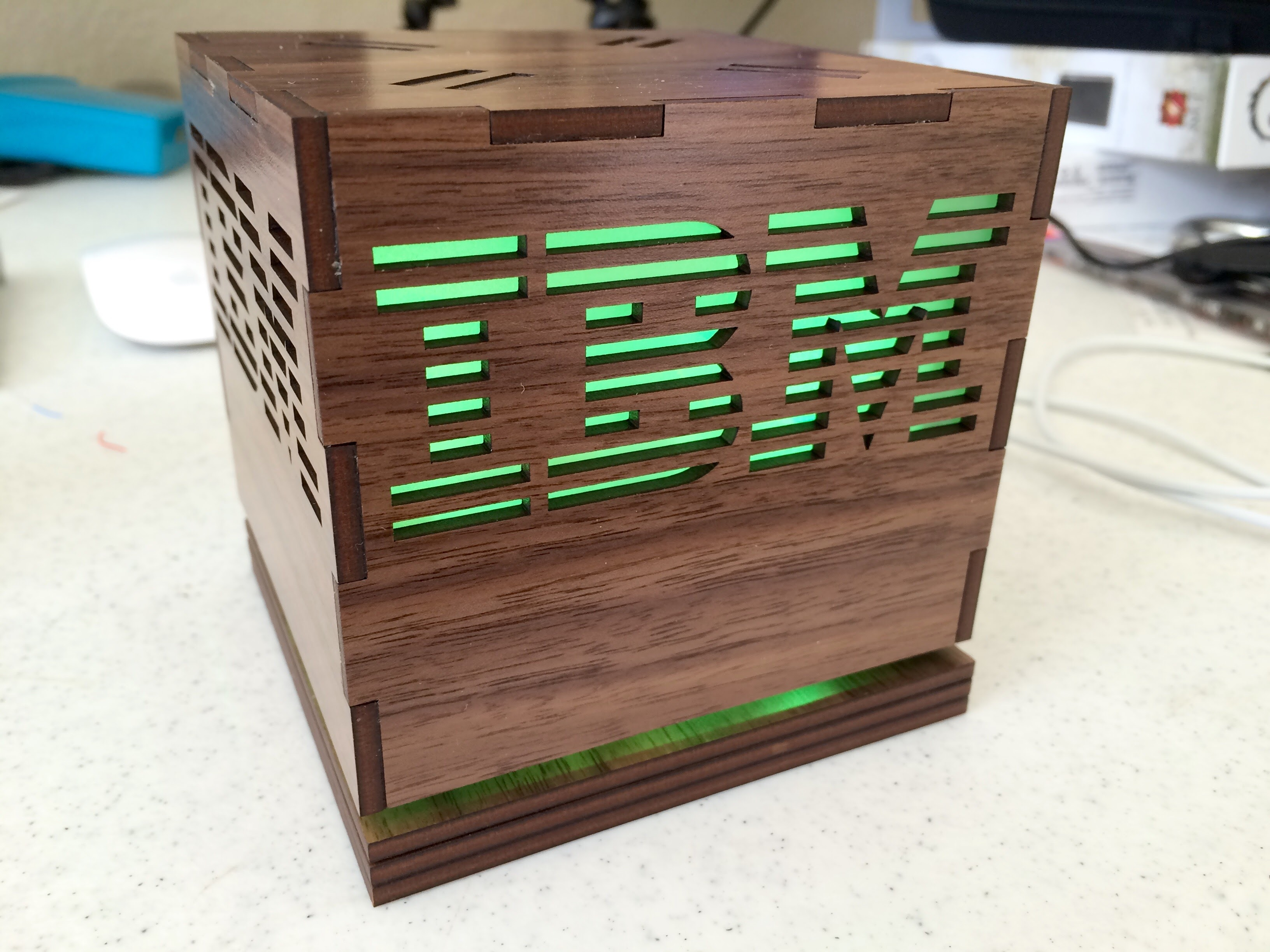 IBM Cube: Software